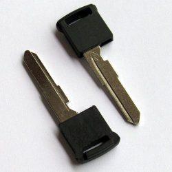 Suzuki biztosnági szerviz kulcs