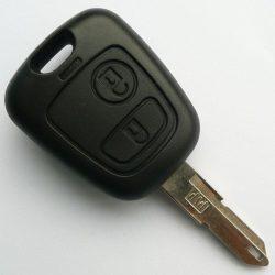 Peugeot 206  kulcsház 2 gombos  VA3